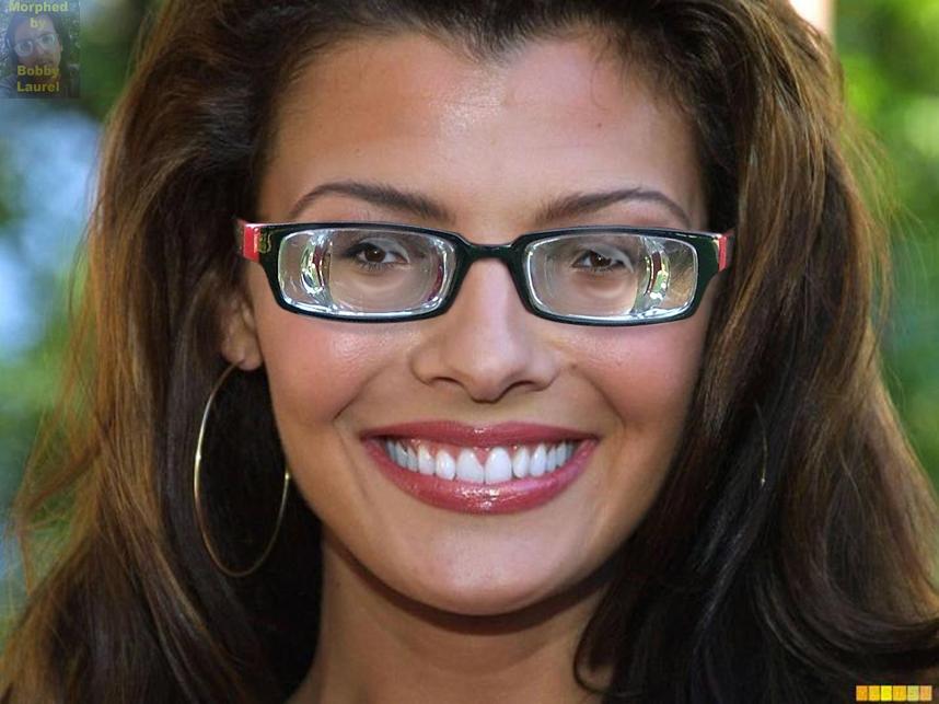 Szemüveg látás szempontjából hasznos