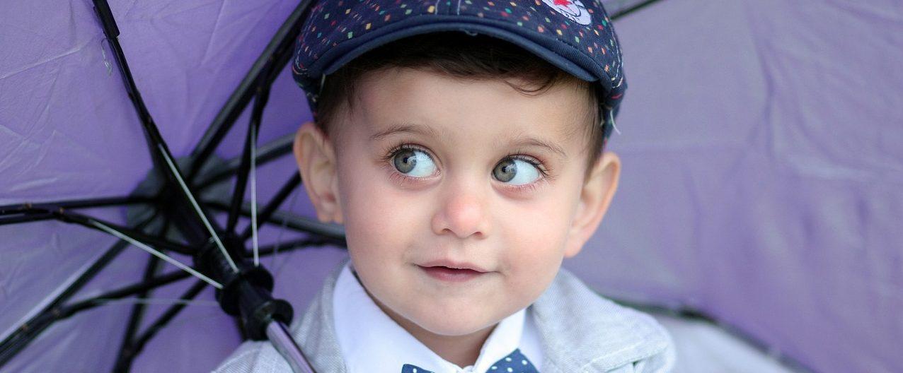 látáskárosodás megfigyelése gyermekeknél 0 8 jó látás