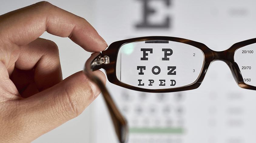 Úgy érzi, folyton száraz a szeme? Ezt a betegséget jelezheti - EgészségKalauz