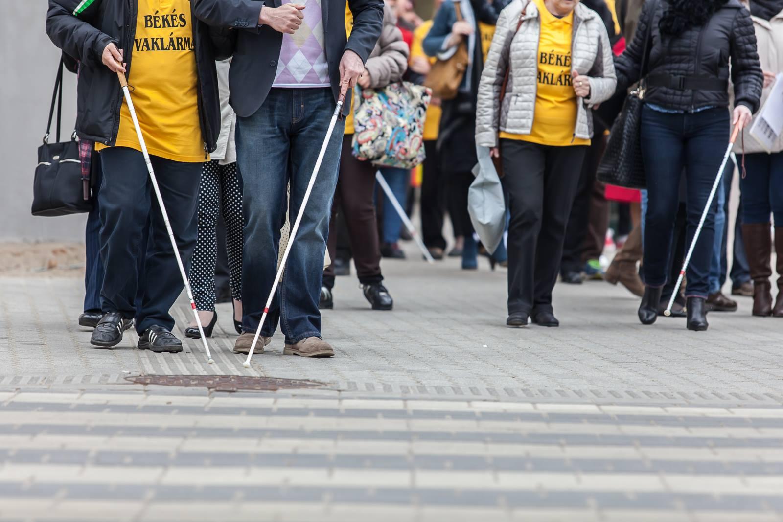milyen gyengénlátó a látás helyreállítása életkor szerint