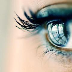 hogyan lehet javítani az egyik szem látását