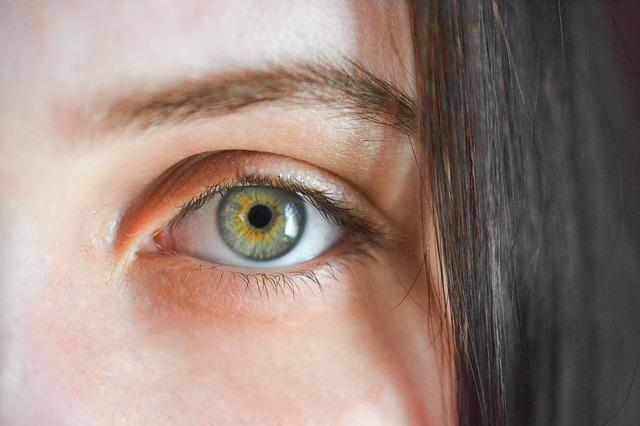 gyenge látás és hall