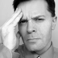 fejfájás a rossz látás miatt)