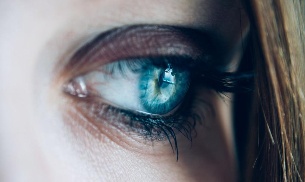 A szemüvegviselés tényleg rontja a szemünket?   KISALFÖLD
