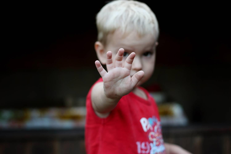 a gyermek pszichológiailag harap
