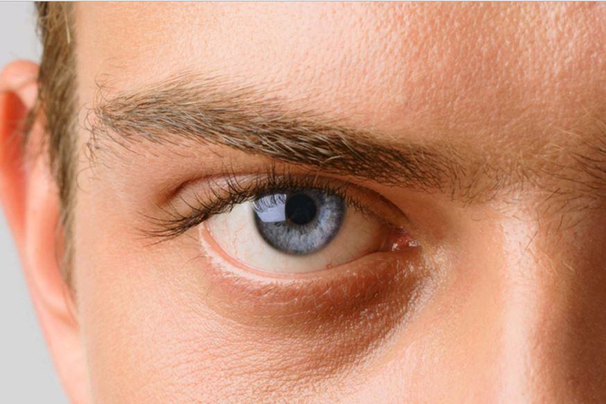 hirtelen fényvillanás szem